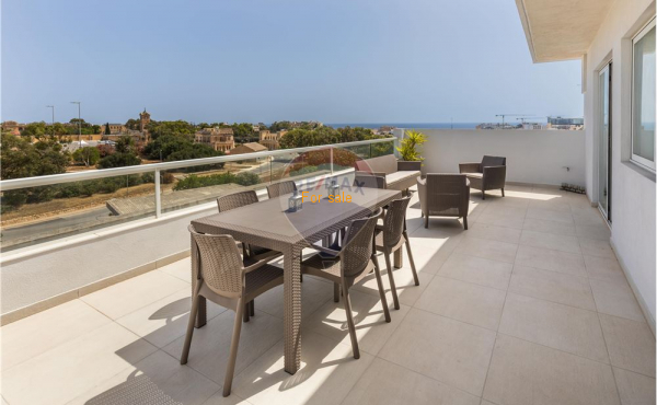 3 bedrooms Penthouse in Swieqi