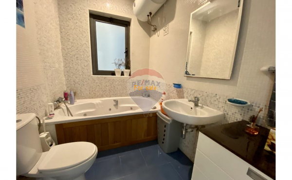 4 bedrooms Apartment - For Sale - Swieqi